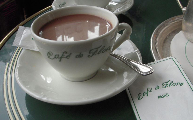 des_flore_cafe_paris