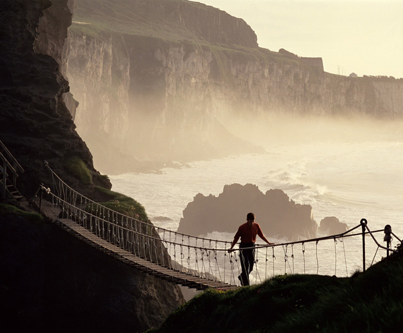 ireland_carrick-a-rede-rope-bridge